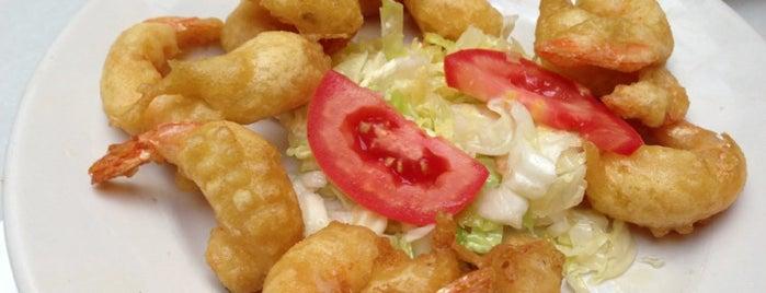 Taberna Salinas is one of Donde comer y dormir en cordoba.