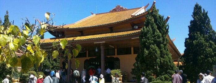 Thiền Viện Trúc Lâm is one of Temples in Dalat.
