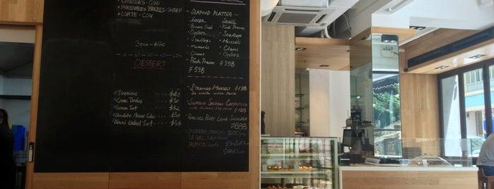 Shelter Lounge is one of Hk fav restaurant list.