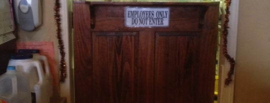 Allburghers Appalachian Pub is one of Great Eats and Brews Near Deep Creek Lake.