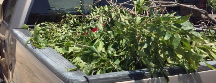 Tulsa Green Waste Dump is one of Rebecca's Tips.