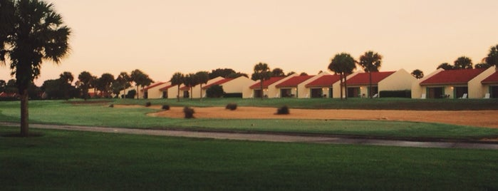 Holiday Inn Club Vacations Orlando - Orange Lake Resort is one of Jose's tips.