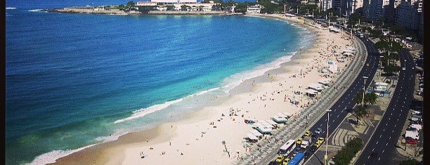 Praia de Copacabana is one of Meus lugares do Rio de Janeiro.