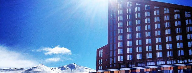 Valle Nevado is one of Done List.