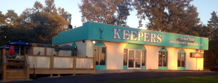 Keepers Seafood Restaurant is one of LaGrange, KY.
