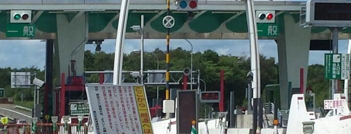 苫小牧東IC is one of 道央自動車道.