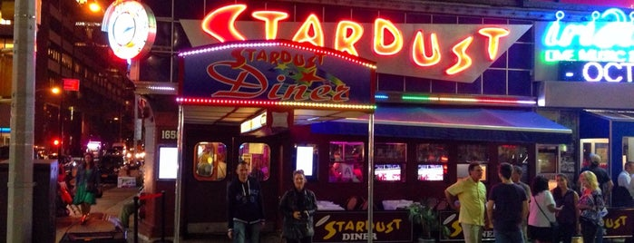 Ellen's Stardust Diner is one of Favorite Restaurants.
