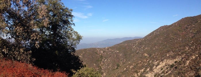 Bailey Canyon Park is one of Pasadena Living 2012.