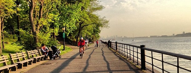 Riverside Park is one of New York.