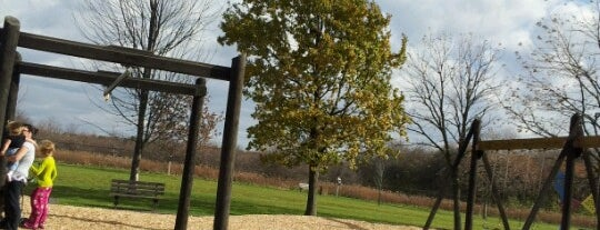 Meadowbrook Park is one of Places to Go in CU.
