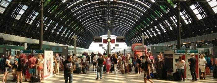 Stazione Milano Centrale is one of Italy 2011.