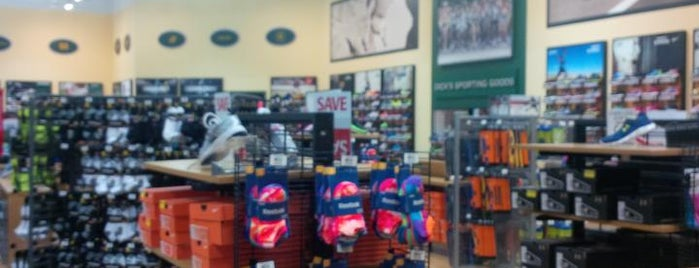 Dick's Sporting Goods is one of Deablo's Places.