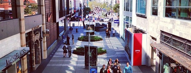 Santa Monica Place is one of Destinations: The San Fernando Valley+.