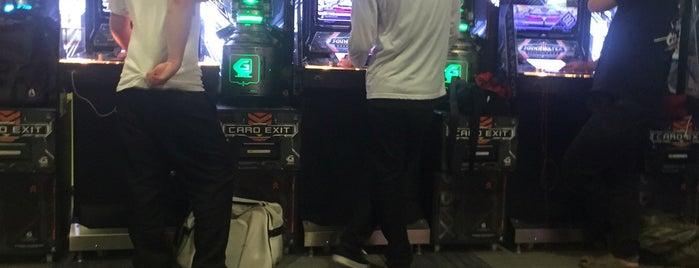 ラウンドワン 守口店 is one of 関西のゲームセンター.