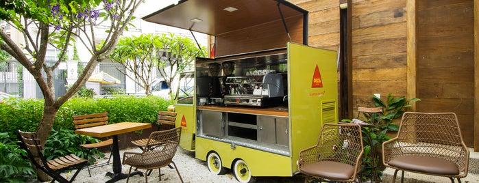 Banana Café is one of Henri's TOP Bars!.