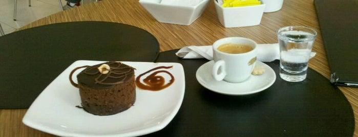 Art Café Gourmet is one of Calioni pelo mundo!.