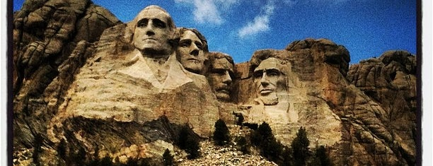 Mount Rushmore National Memorial is one of Attractions to Visit.