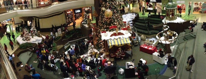Lakeforest Mall is one of Places to Shop.