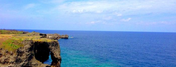 万座毛 (Cape Manza-mo) is one of 死ぬ前に訪れたい歴史ある場所.