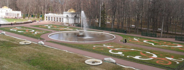 Монплезир is one of Санкт-Петербург.