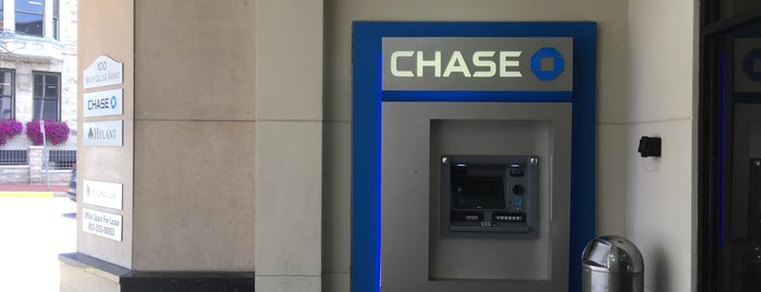 Chase Bank is one of Guide to Bloomington's best spots.