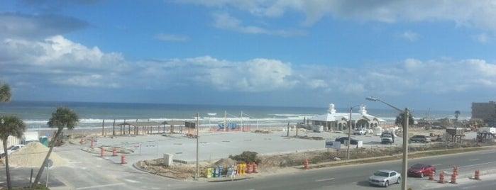 Daytona Beach, FL Male Gay Clubs -