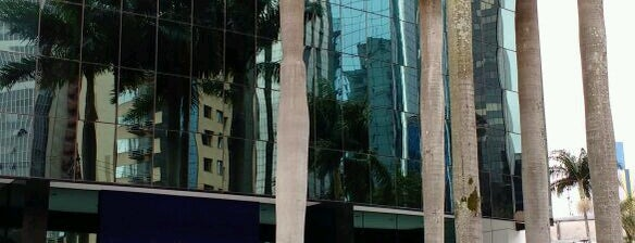 Edificio Premium is one of Medicos.