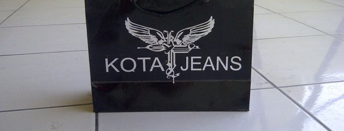 KOTA jeans is one of Eliza's tips.