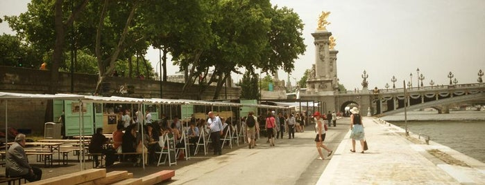 Rosa Bonheur sur Seine is one of Paris.