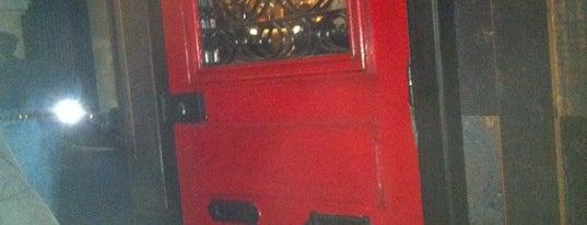 """Little Red Door is one of Bars """"trop indés"""" dans le monde."""