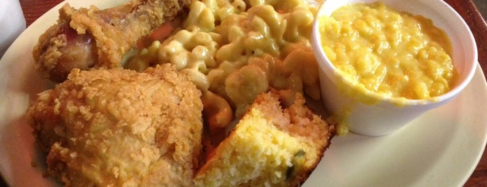 Carver's Country Kitchen is one of To Do Restaurants.