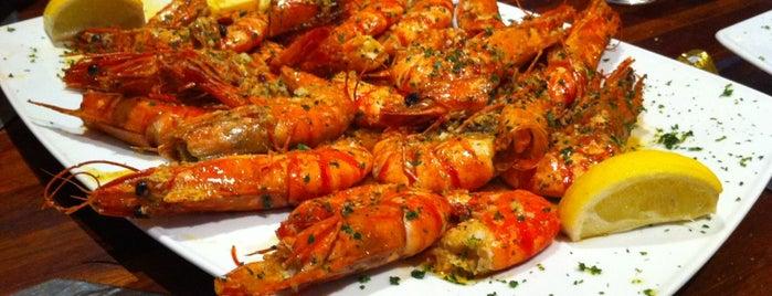 Les Enfants du Pirée is one of Favorite Food.