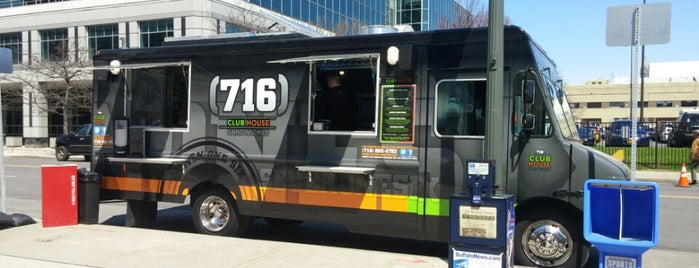 Buffalo 39 s food trucks for Flaming fish food truck
