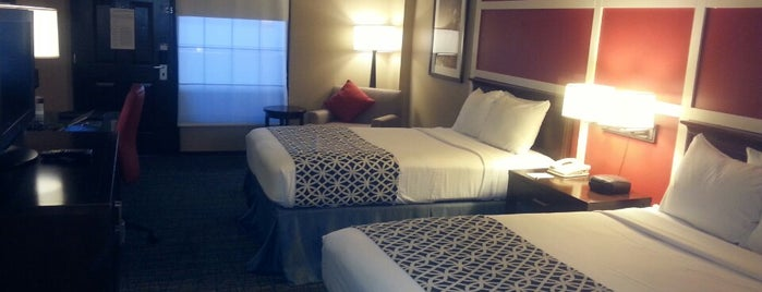 The Inn at Opryland, A Gaylord Hotel is one of To Do Nashville TN.