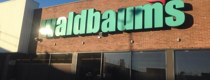 Waldbaum's is one of PALM Beer in Brooklyn.