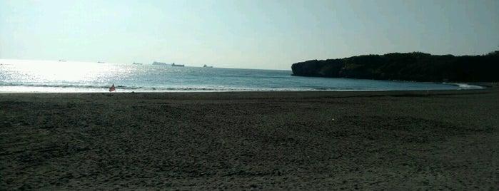 旗津海水浴場 Cijin Beach is one of Kaohsiung, Taiwan 高雄市.