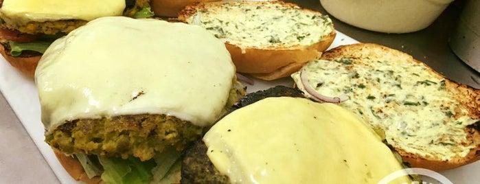Veggie Burgers is one of São Paulo Vegan!.