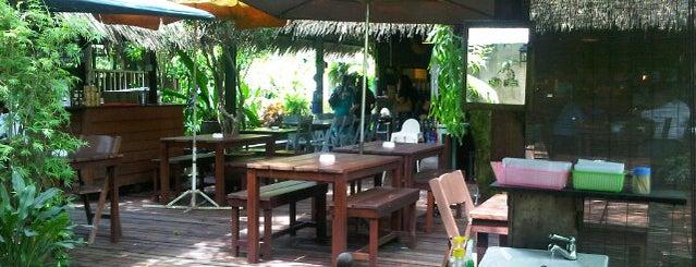 Aunty Aini's Garden Cafe is one of Cafe & Kopitiam.