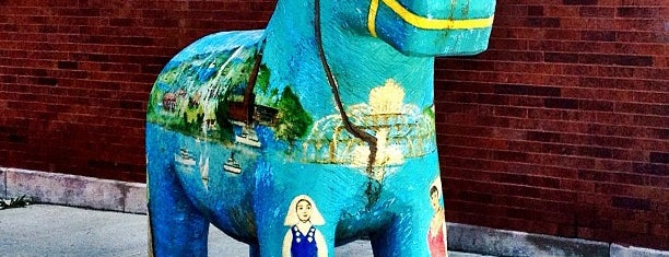 Andersonville Swedish Dala Horse is one of Windy City.