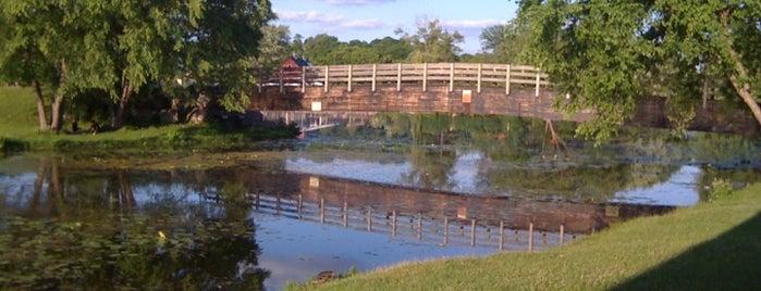 UW Arboretum is one of Campus Attractions.