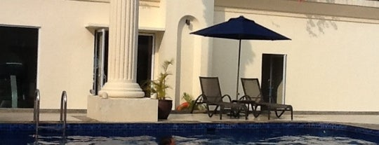 Swimming Pool Harmoni One is one of Best Of Hotel.