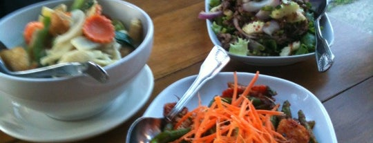 the 15 best places for a green curry in seattle