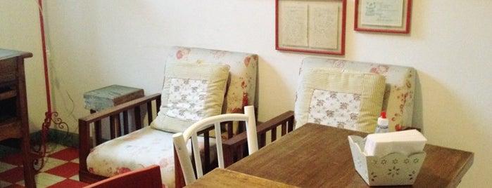 Brigadeiro Doceria & Café is one of Docerias/Sobremesas.