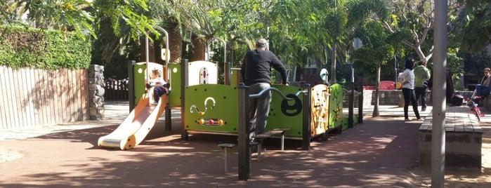 Parque Infantil del Parque García Sanabria is one of Para comer ......