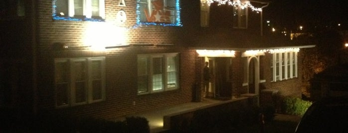 Phi Delta Theta House is one of Badge list.