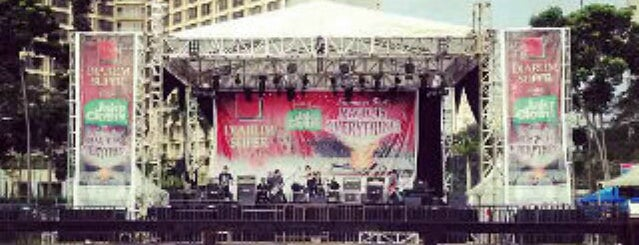 Parkir Timur Senayan is one of Enjoy Jakarta 2012 #4sqCities.