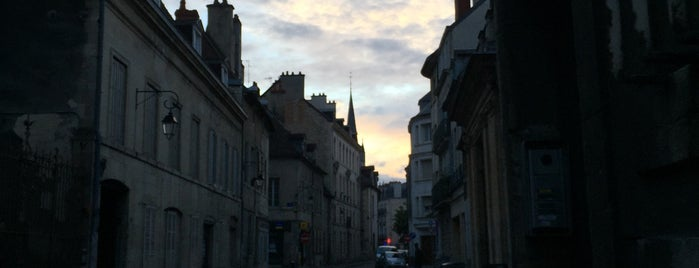 Rue Jeannin is one of Dijon : rues & places.