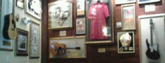 Hard Rock Cafe San Francisco is one of San Francisco.