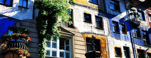 Hundertwasserhaus is one of Exploring Vienna (Wien).