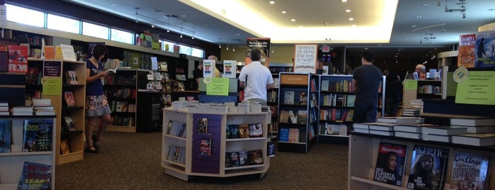 Mysterious Galaxy Bookstore is one of south bay beach cities.